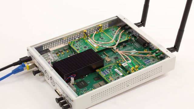 USRP SDR used to receive 802.11 OFDM beacon frames.